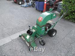 Billy Goat 8 hp Lawn Leaf Debris Vacuum Self Propelled VQ802SPH