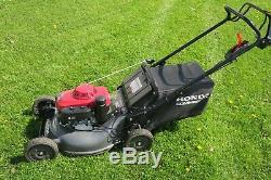 HONDA HRC216K3HXA COMMERCIAL-GRADE SELF-PROPELLED LAWN MOWER with bagger