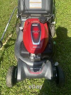 Honda HRN216VKA Variable Speed Gas Walk-Behind Self Propelled Lawn Mower Black