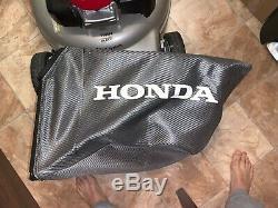 Honda HRR216VKA Self-Propelled Lawn Mover