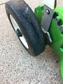 Vintage Lawn-boy 2-cycle self-propelled mower from 1978