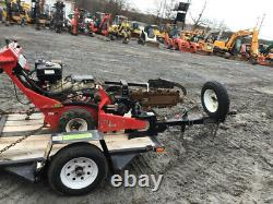 Barreto 912 Gas Self Propelled Trencher 2014 Avec Remorque Seulement 300 Heures