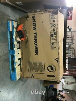 Husqvarna St 224 24-in Two Stage Gas Snow Blower Automoteur