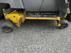 John Deere X390 Tracteur De Tondeuse 23hp 54 Deck! - Direction De L'alimentation Électrique