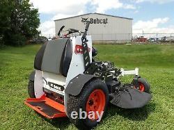 Nouveau 2020 Bobcat Zs4000 Stand On Mower, 48 Airfx Deck, 726 CC Kawasaki Gas Engine