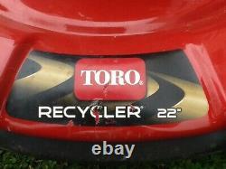 Toro Recycler Gaz Automoteur Tondeuse À Gazon 22 Pouces. Ramassage Local Seulement