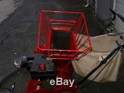 Troy Bilt Modèle # 47282 5 CV Autopropulsés Chipper Vac