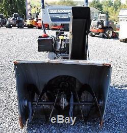 Yard Machines 24 Largeur, Autopropulsés, 2 Phases 8 HP Moteur